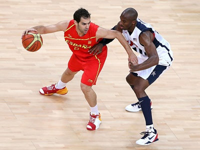 Kobe Bryant excels on the defensive side of the ball.