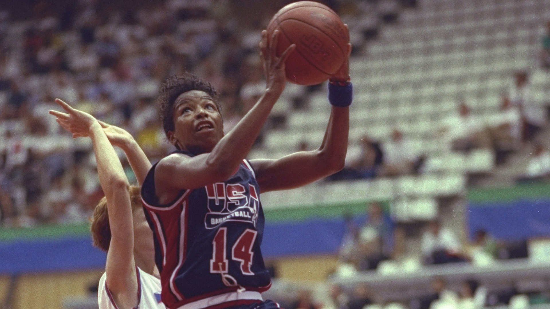 Cynthia Cooper goes up for a layup in the 1992 Olympics