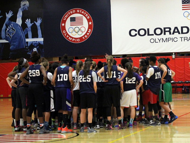 2016 USA Women's U16 Trials Huddle
