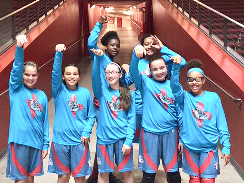 fc42a4207 New Mexico Dogs Advance from the Desert to U.S. Open Girls Basketball  Championship