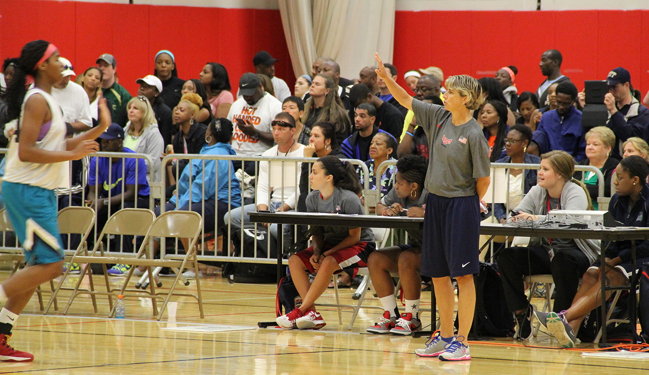 21 Finalists Selected for 2012 U.S. Women's Olympic Basketball Team