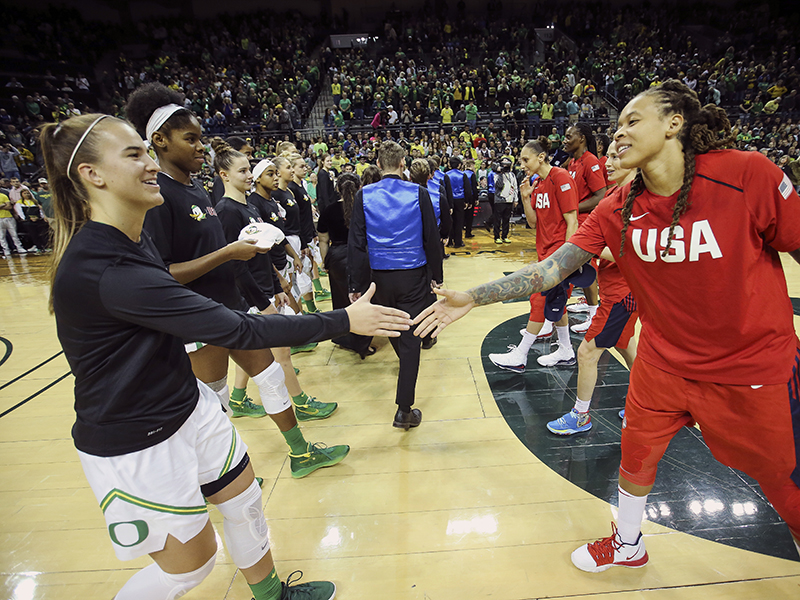 17 2019 wnt v ore ionescu and augustus GettyImages 1181806796jpg