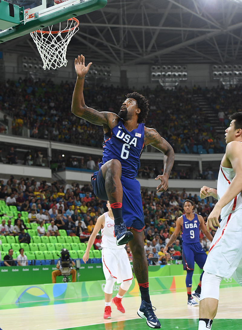 DeAndre Jordan contributed seven points and seven rebounds.