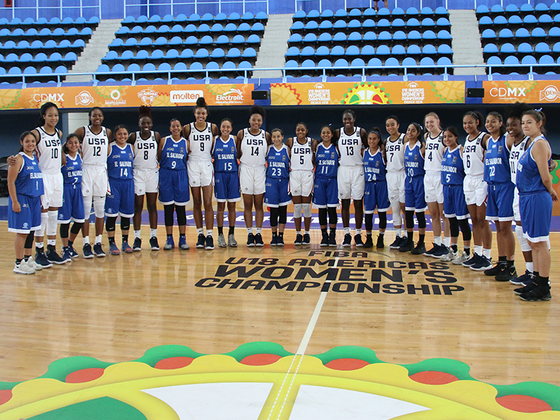 USA U18 Women Versus El Salvador
