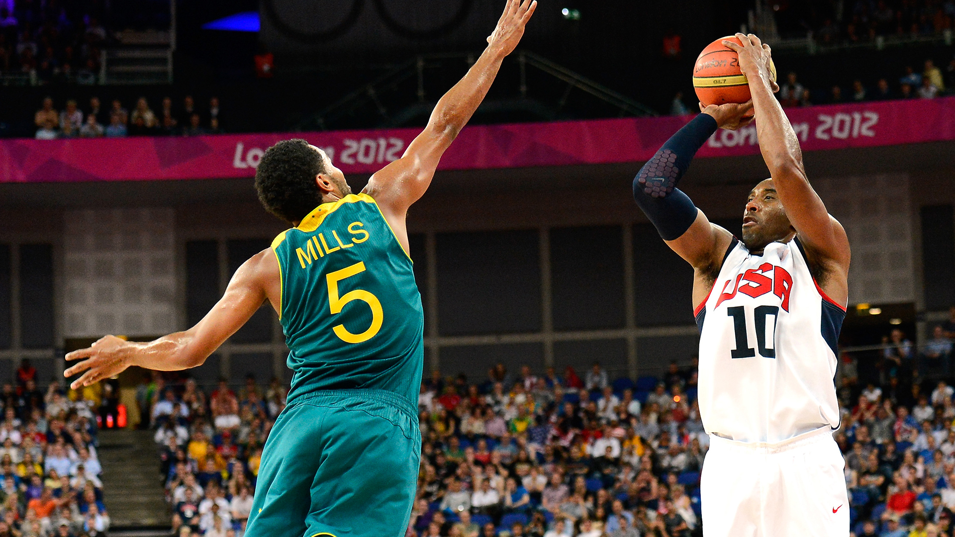 Kobe Bryant takes a shot in the 2012 Olympics