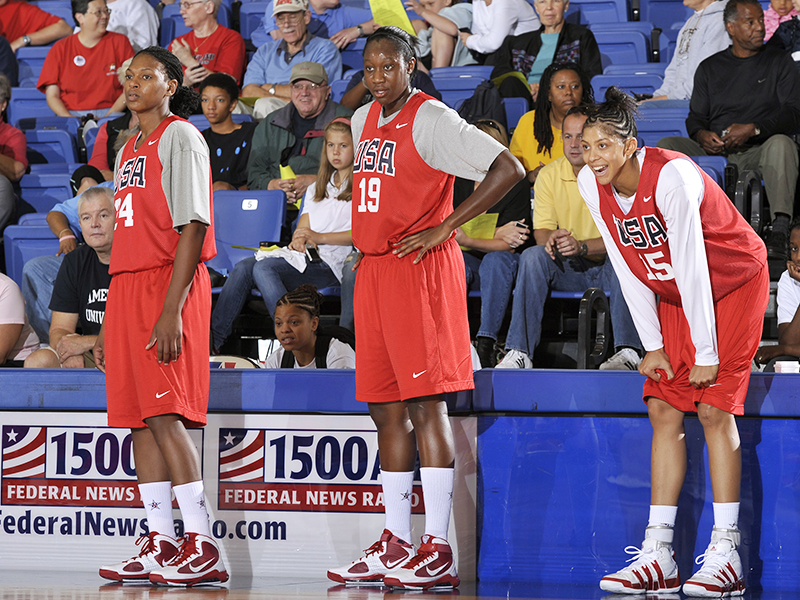 05 2009 wnt asjha jones tina charles candace parker GettyImages 91399621jpg