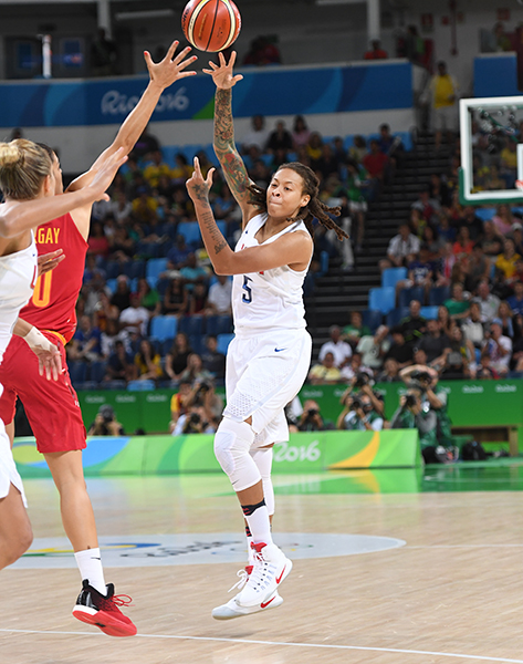 Seimone Augustus finished with six points, three boards and a pair of assists.