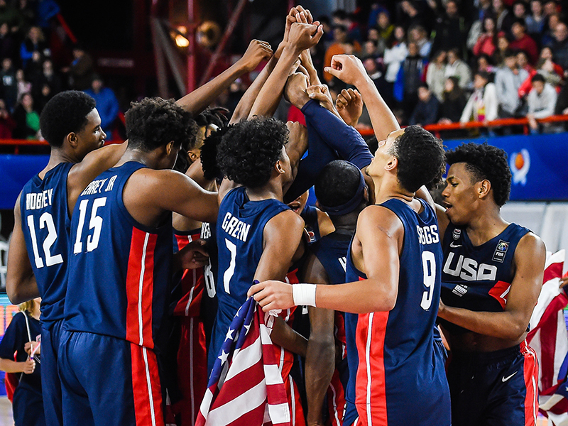 2018 USA Men's U17 World Cup Team celebrates