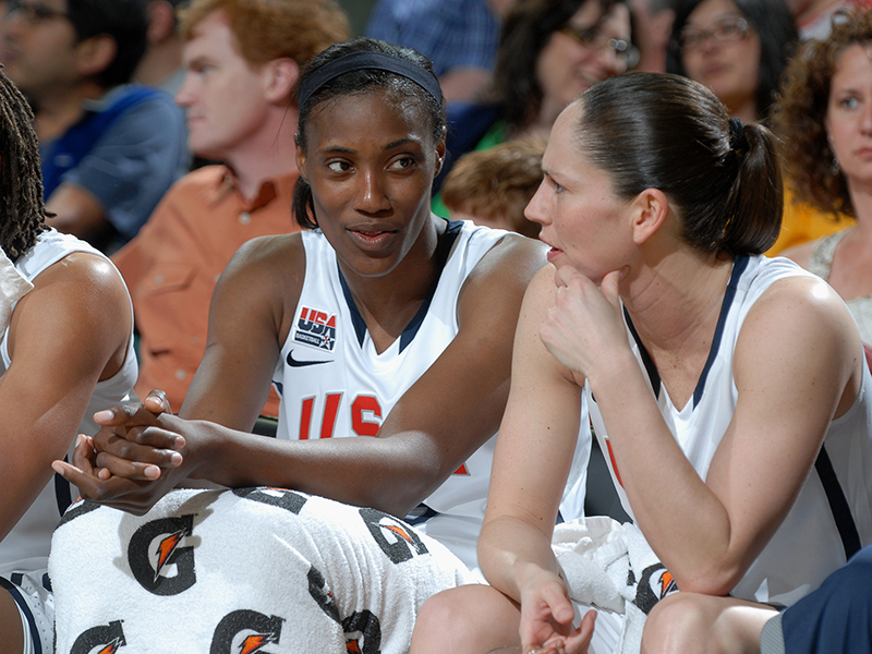 13 2012 wnt v chn exh fowles GettyImages 144530758jpg