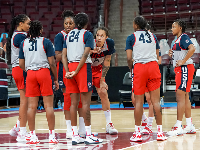 Members of the USA National Team huddle up during a scrimmage.