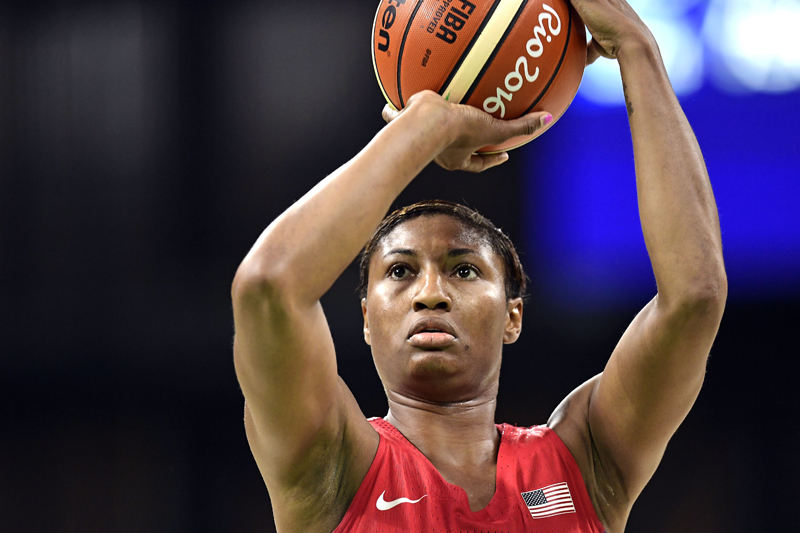 Angel McCoughtry (10 points, 4-of-7 FGs) was one of five U.S. players to score in double digits.