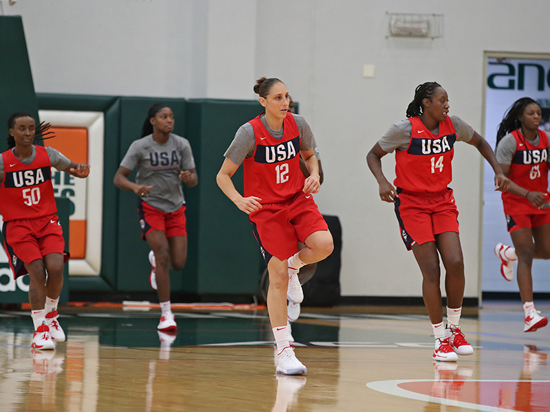 44 2019 miami tc taurasi GettyImages 1171070980jpg