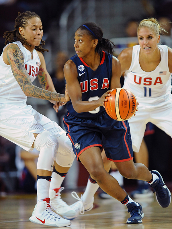09 16 select team jewell loyd actionjpg