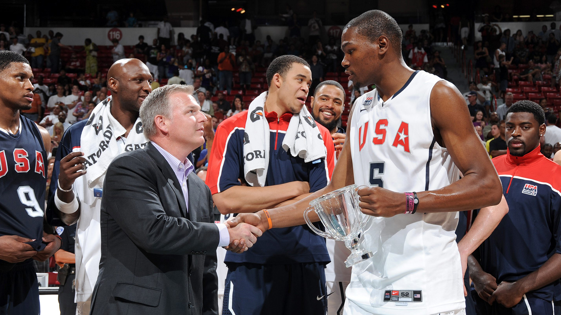 Kevin Durant receiving the 2010 USA MNT Showcase MVP award in Las Vegas