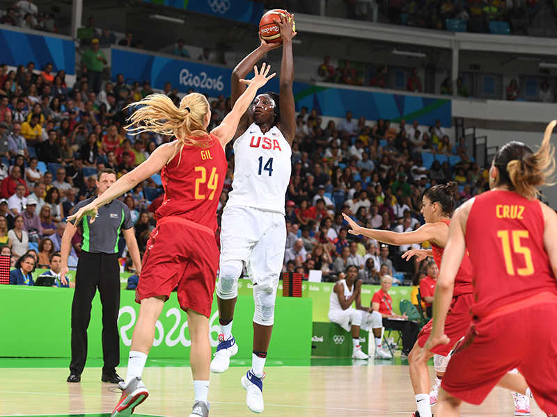 Tina Charles scored eight points and hauled in seven rebounds, dished out five assists and was credited for one steal.