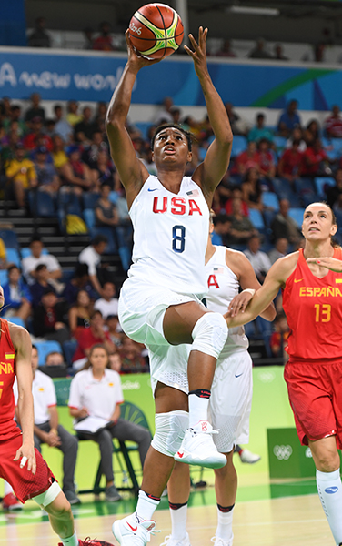 Angel McCoughtry capped the night with eight points, four rebounds and a pair of assists.