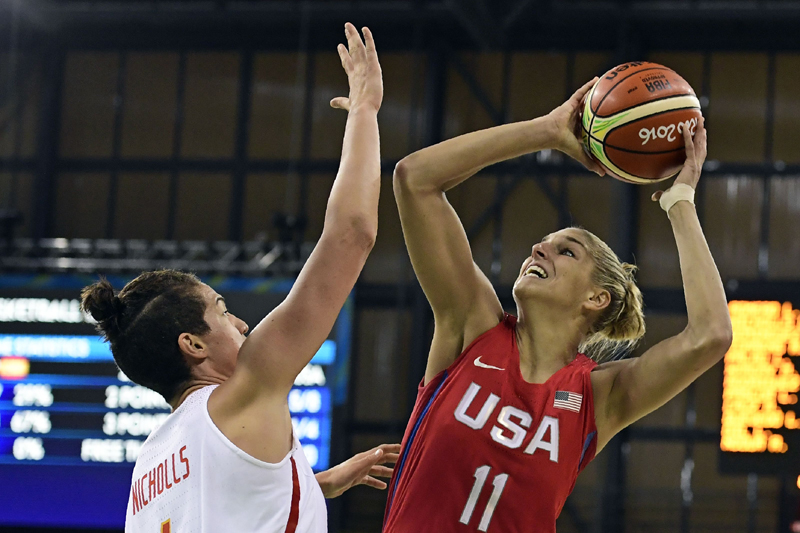 Elena Delle Donne finished 4-of-8 from the floor with 12 points while hauling in four rebounds.