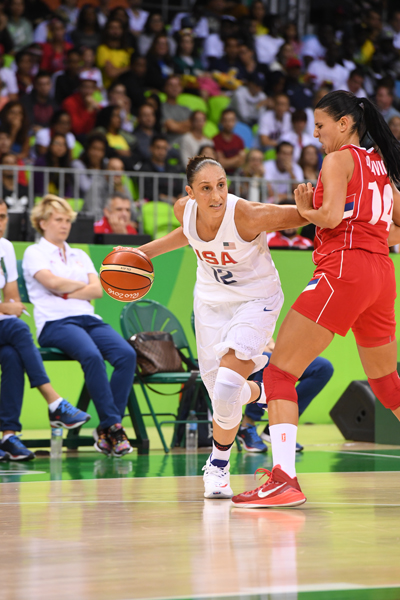 Diana Taurasi set a new women's U.S. Olympic record with six 3-pointers made and finished with a game-high 25 points.