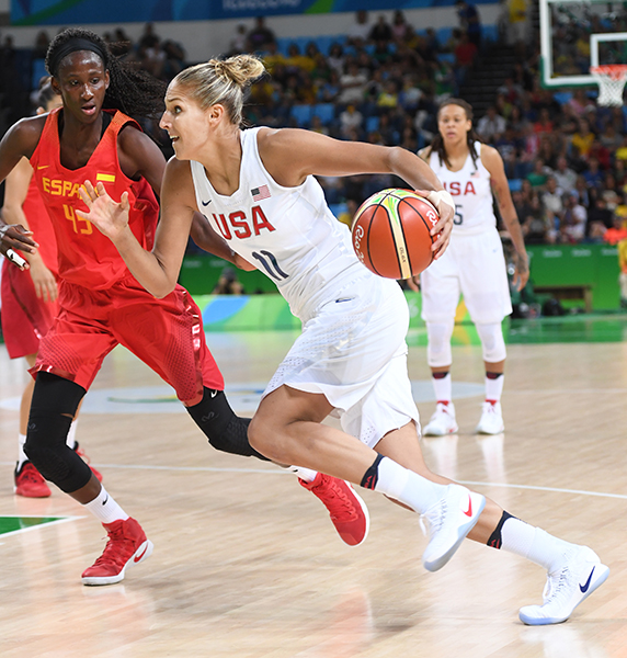 Elena Delle Donne had 10 points, four rebounds and a pair of assists.
