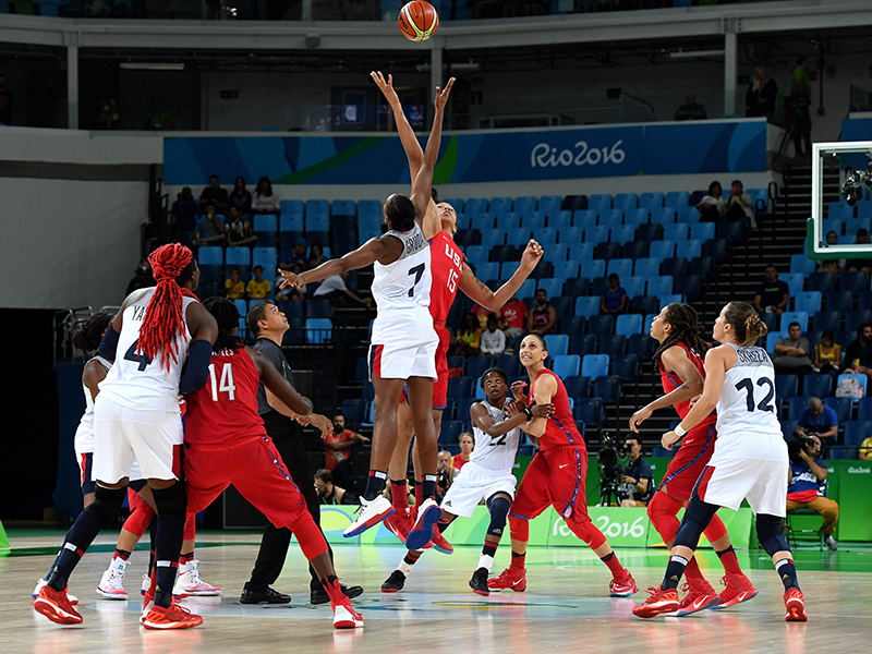 Brittney Griner gets the USA's semifinal game tipped-off.