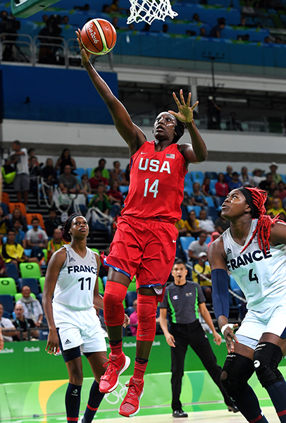 Tina Charles scored four points and had a pair of assists.