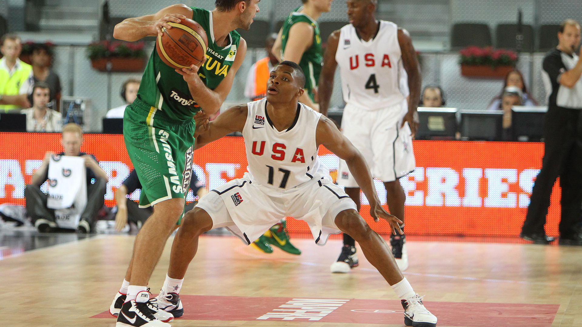 Russell Westbrook on defense vs Lithuania