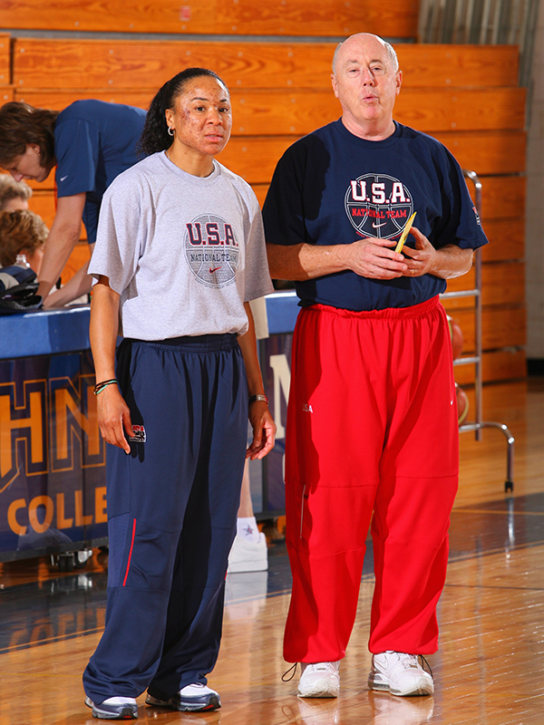 06 2007 wnt practice staley and thibault GettyImages 76867142jpg