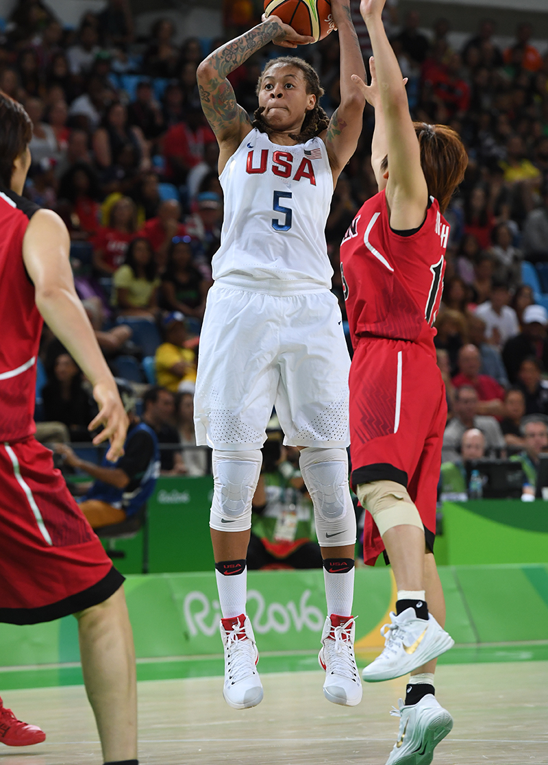 Seimone Augustus added 10 points and one steal.
